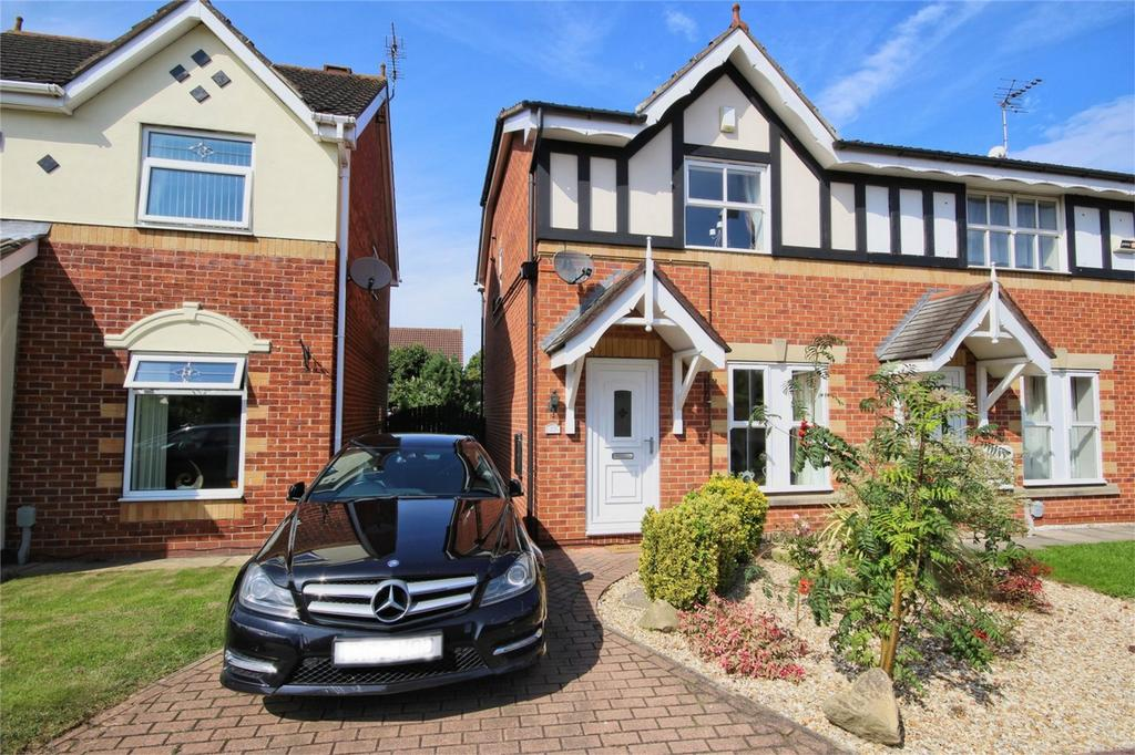3 Bedrooms Semi Detached House for sale in Sandpiper Drive, Hull, East Riding of Yorkshire