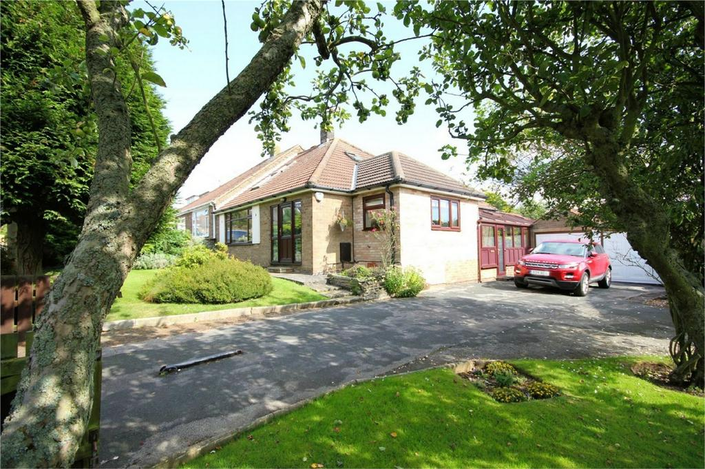 4 Bedrooms Semi Detached Bungalow for sale in Rowan Garth, Skidby, Cottingham, East Riding of Yorkshire