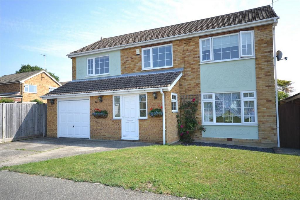 6 Bedrooms Detached House for sale in Eaton Way, Great Totham, Maldon, Essex