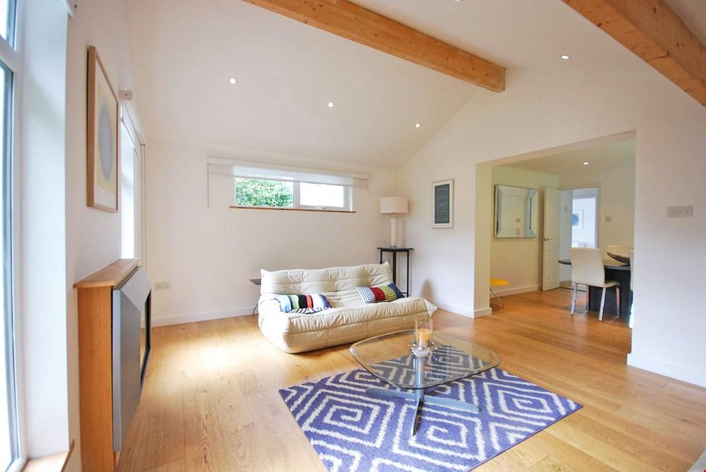 2 Bedrooms Detached Bungalow for sale in Truro, Cornwall, TR1