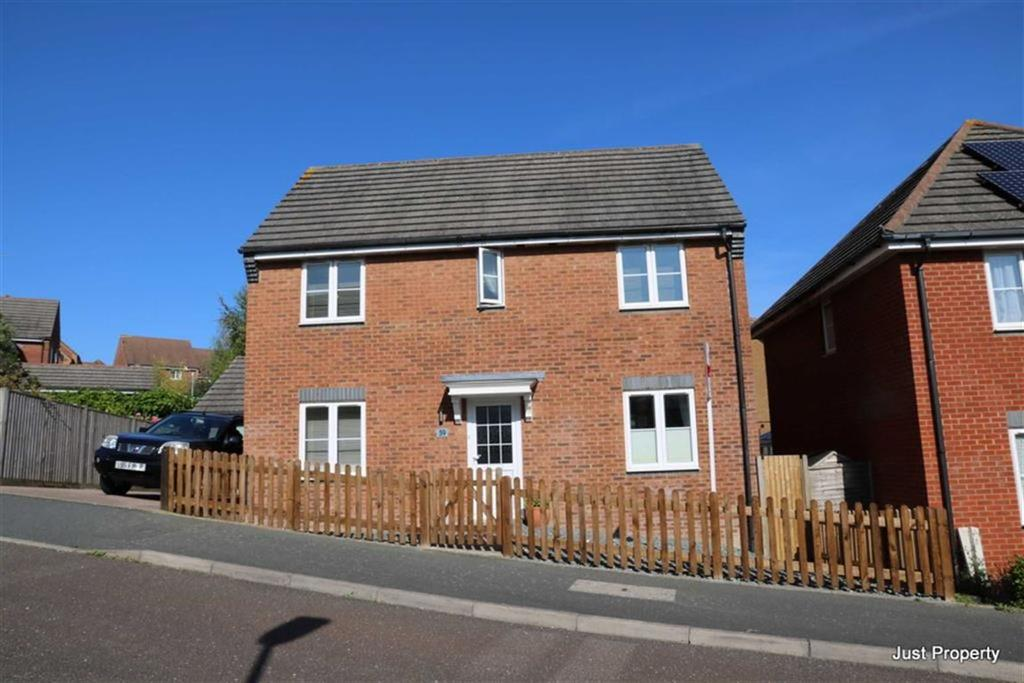 3 Bedrooms Detached House for sale in Harbour Way, St Leonards On Sea