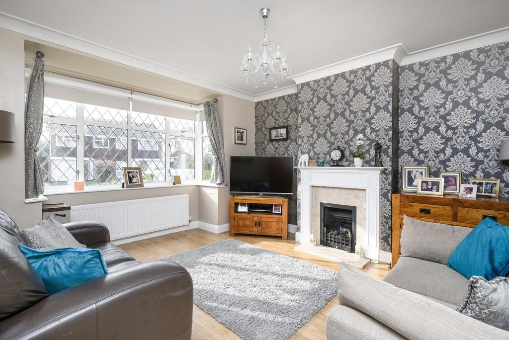 3 Bedrooms Semi Detached House for sale in Alers Road Bexleyheath DA6