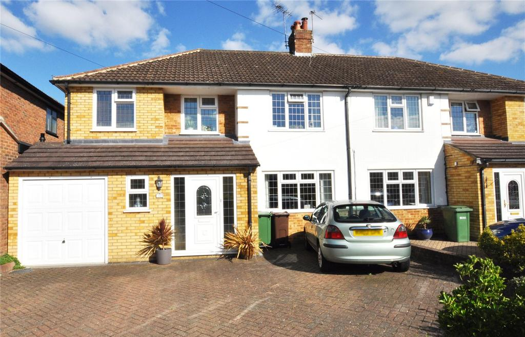4 Bedrooms Semi Detached House for sale in Cuckmans Drive, Chiswell Green, St Albans, Hertfordshire