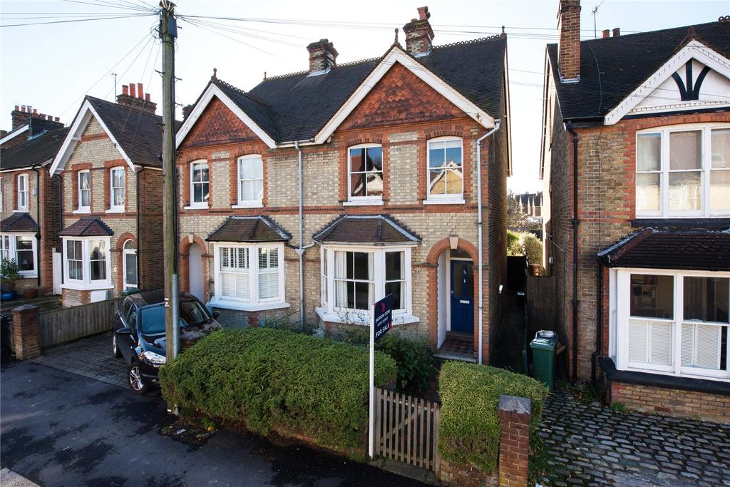 3 Bedrooms Semi Detached House for sale in Deerings Road, Reigate, Surrey, RH2
