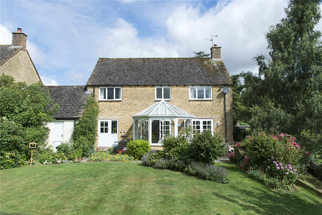 4 Bedrooms House for sale in St. Peters Close, Rodmarton, Cirencester, Gloucestershire