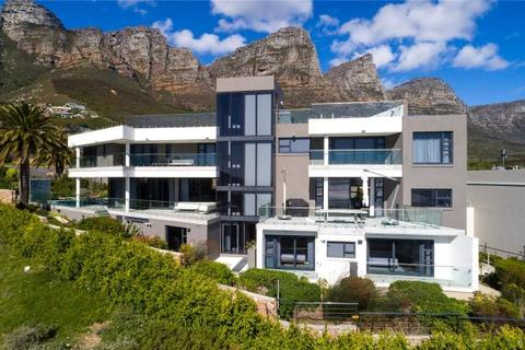 6 bedroom house  - 14 Fulham Road, Camps Bay, Cape Town, Western Cape