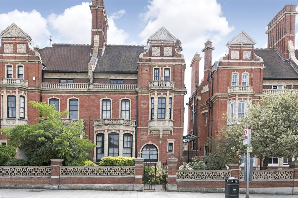 2 Bedrooms Flat for sale in Nightingale Lane, London, SW12