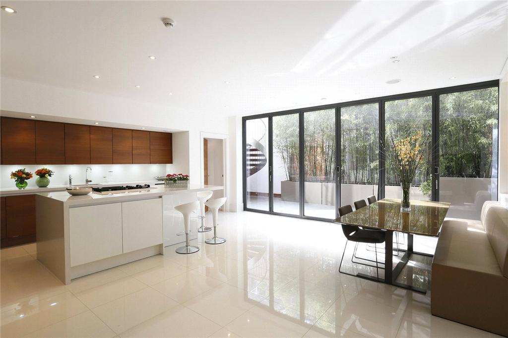 5 Bedrooms Detached House for rent in Convent Mews, 45 Edge Hill, London, SW19