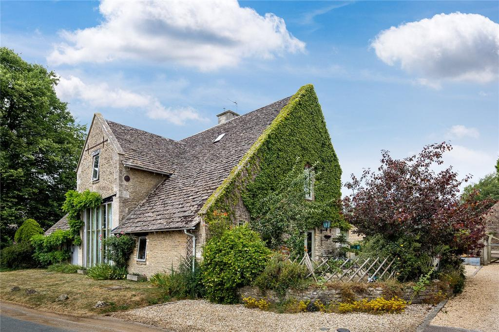 4 Bedrooms Detached House for sale in Ampney St. Mary, Cirencester, Gloucestershire, GL7