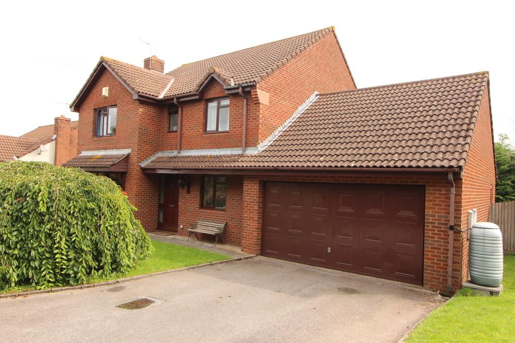 4 Bedrooms Detached House for sale in Select cul-de-sac in Sandford