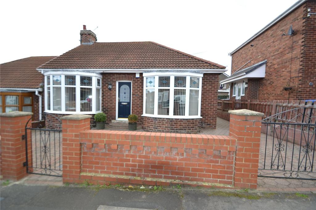 2 Bedrooms Semi Detached Bungalow for sale in Rosedale Terrace, Horden, Peterlee, Co Durham, SR8