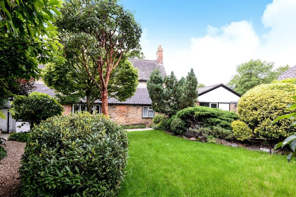 2 Bedrooms Detached House for sale in Faringdon