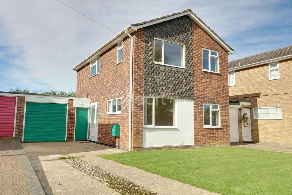 3 Bedrooms Detached House for sale in Wood Street Village, Guildford, Surrey
