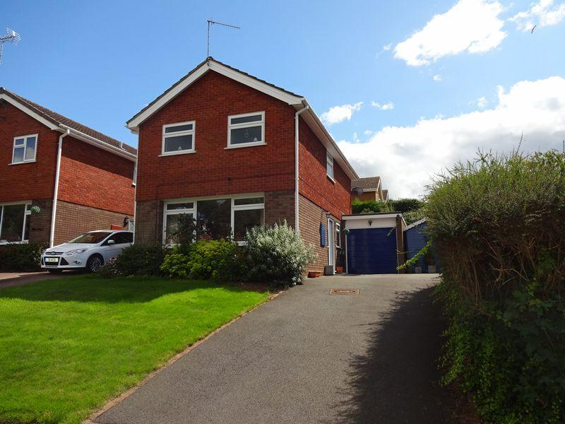 3 Bedrooms Detached House for sale in Northgate Close, Kidderminster DY11 6JW