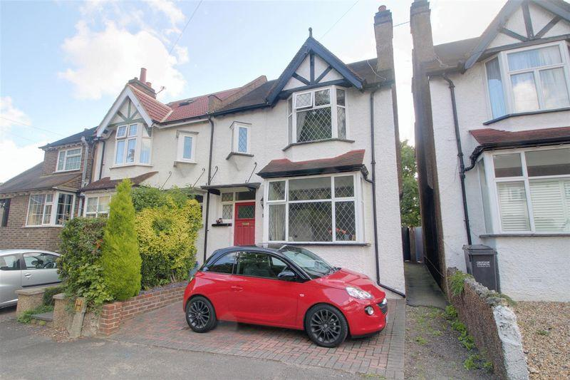 3 Bedrooms Semi Detached House for sale in Wilmot Road, Purley