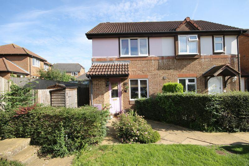 2 Bedrooms Semi Detached House for sale in Rastrick Close, Burgess Hill, West Sussex