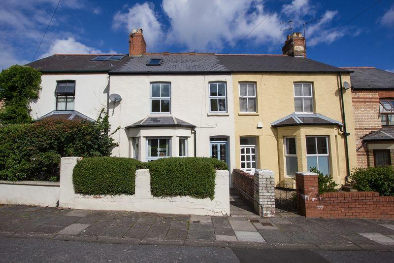 4 Bedrooms Terraced House for sale in St Augustines Road, Penarth
