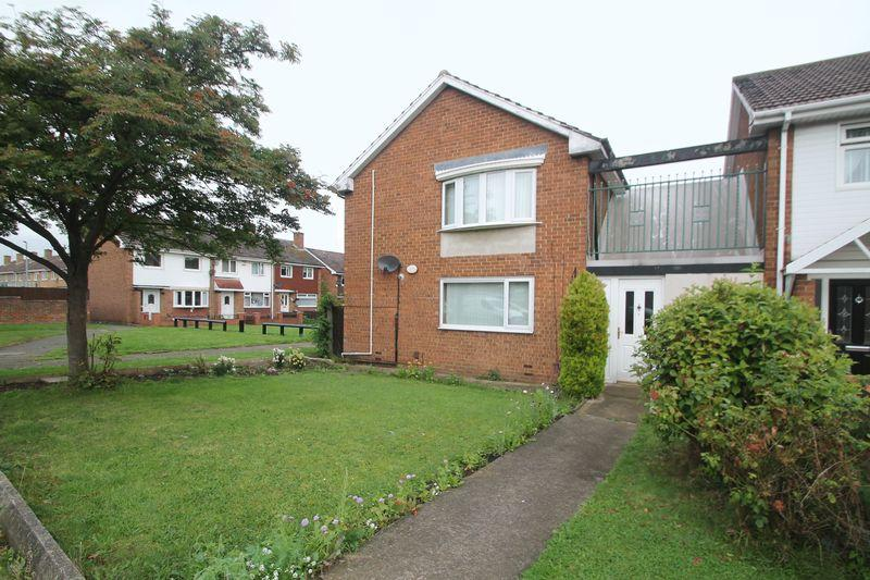 2 Bedrooms Apartment Flat for sale in Lindisfarne Road, Priestfields