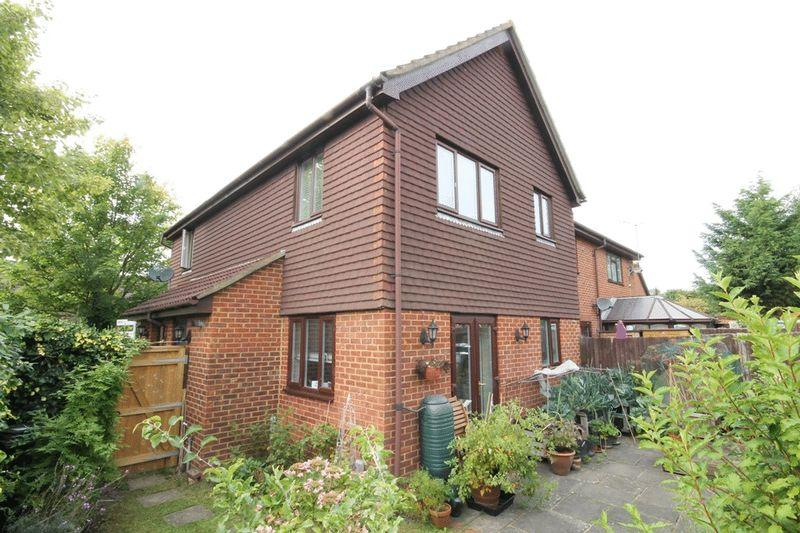 1 Bedroom Semi Detached House for sale in LEATHERHEAD