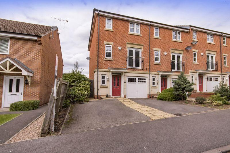 3 Bedrooms End Of Terrace House for sale in HIGHFIELD PARK DRIVE, DARLEY ABBEY