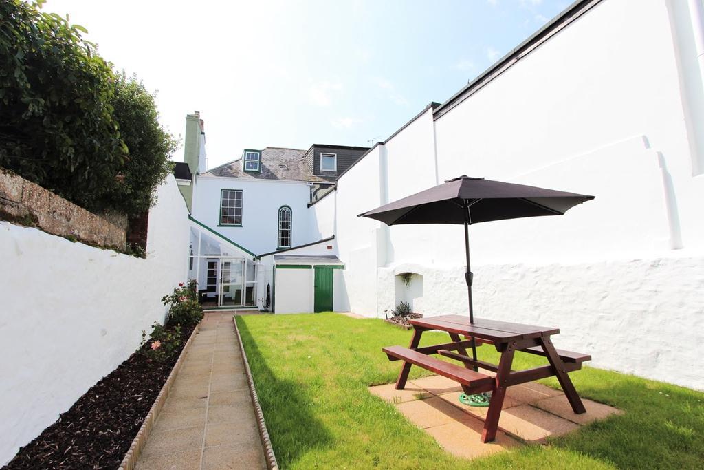 3 Bedrooms Terraced House for sale in La Route De St Aubin, St Helier, Jersey, JE2
