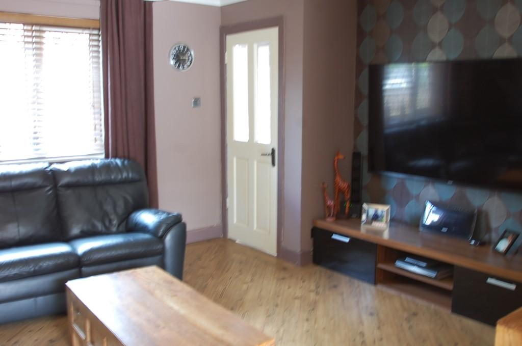 3 Bedrooms End Of Terrace House for sale in New Wellington Gardens, Mill Hill, Blackburn