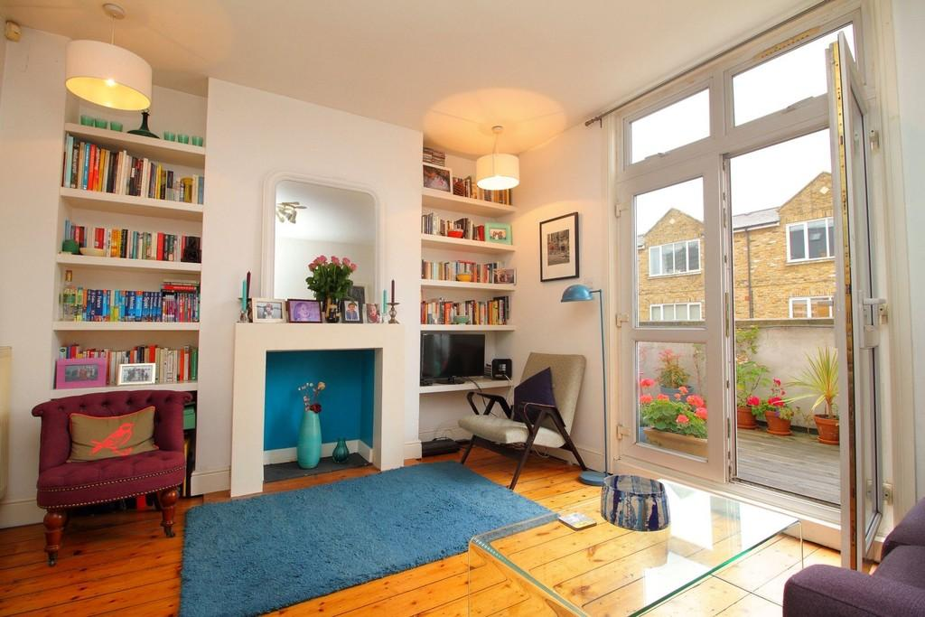 1 Bedroom Apartment Flat for sale in Mount Pleasant Crescent N4 4HR