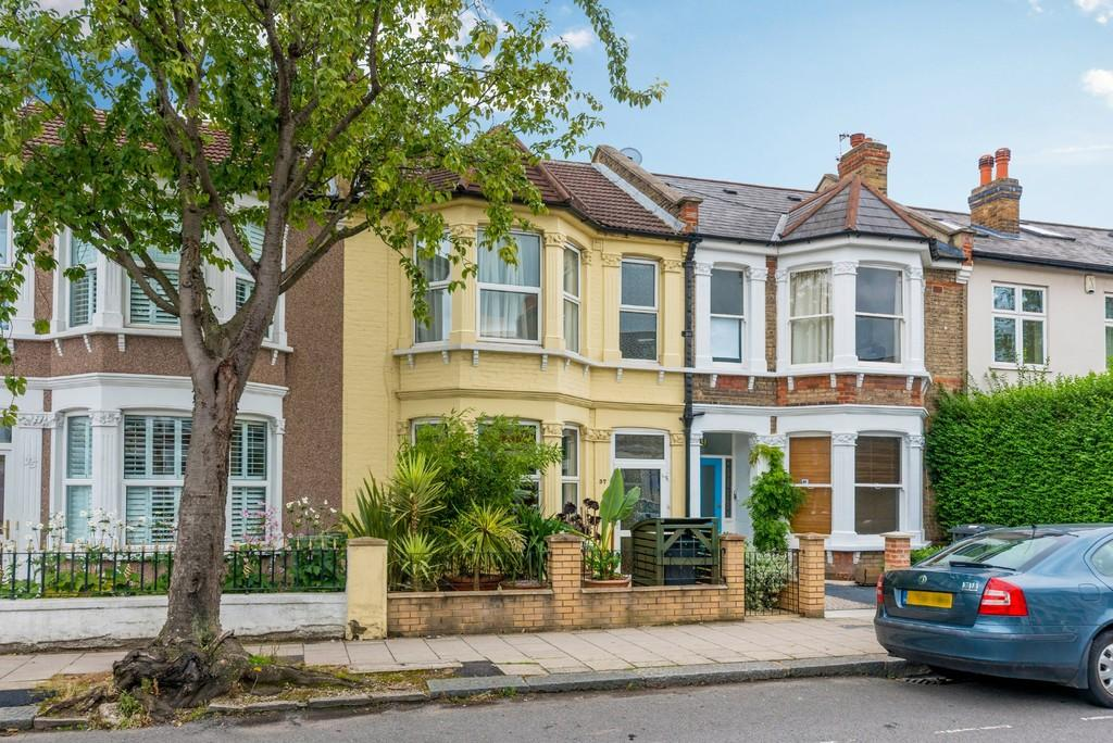 3 Bedrooms Terraced House for sale in Chudleigh Road SE4