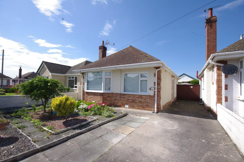 2 Bedrooms Detached Bungalow for sale in Christina Avenue, Prestatyn