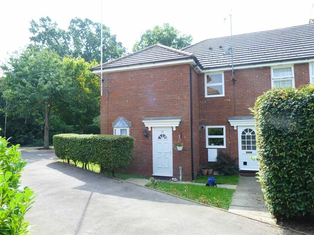 1 Bedroom End Of Terrace House for sale in Dunsters Mead, Welwyn Garden City