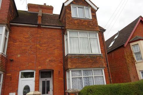 Studio to rent - Wilton Road, Salisbury