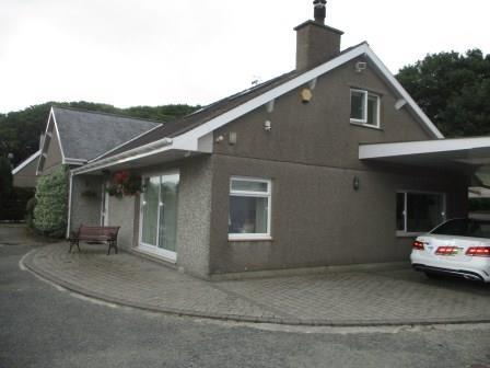 5 Bedrooms Detached House for sale in Porthmadog LL49