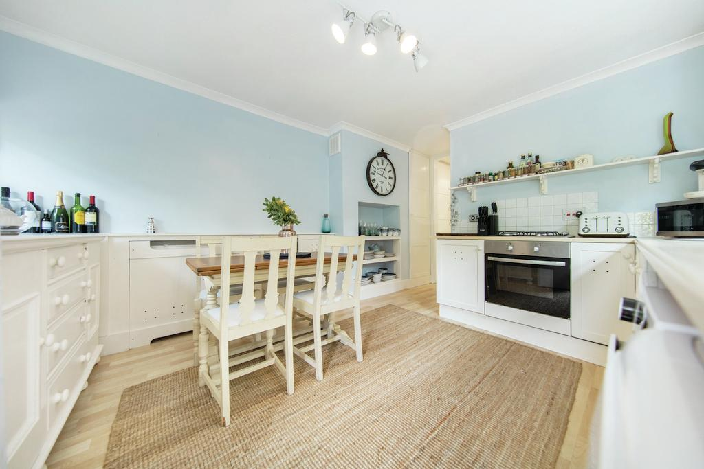 1 Bedroom Flat for sale in Gleneagle Road, SW16
