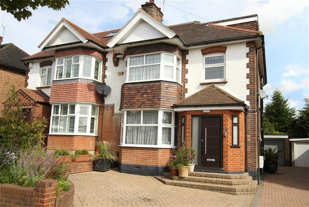 4 Bedrooms Semi Detached House for sale in Lullington Garth, Woodside Park, London