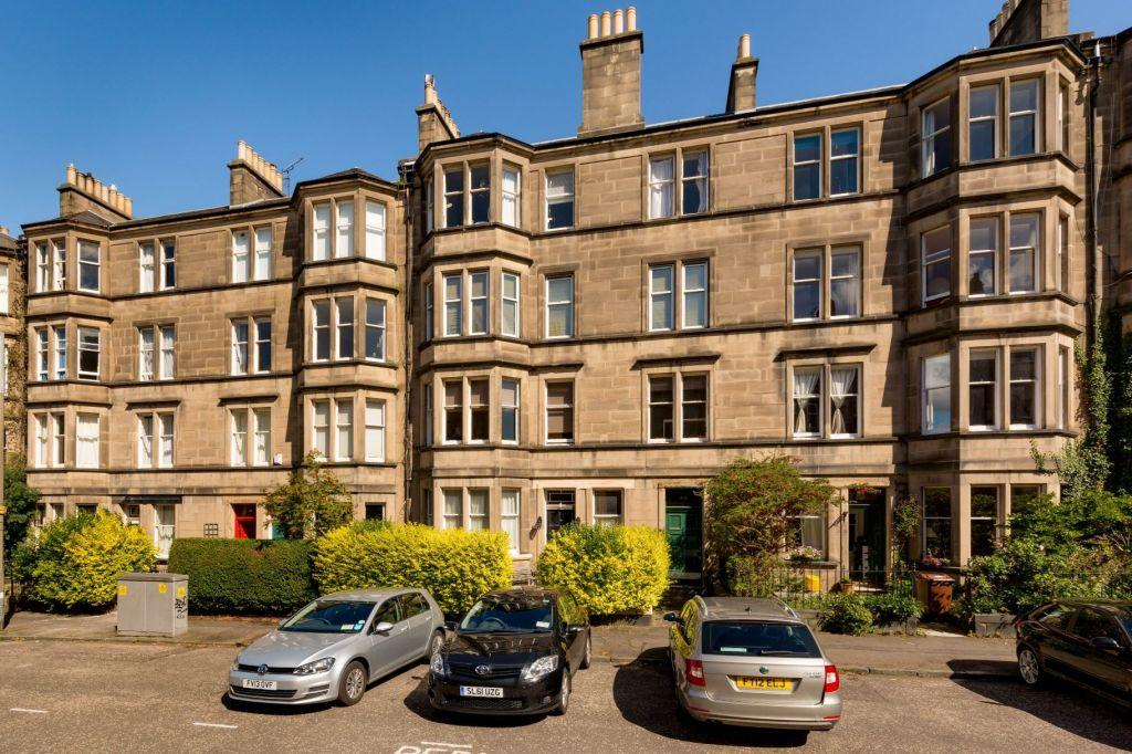 3 Bedrooms Flat for sale in 43/4 Arden Street, Edinburgh, EH9 1BS