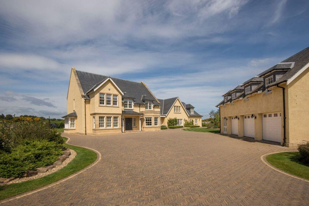 6 Bedrooms Detached House for sale in 43 The Village, Archerfield, Dirleton, East Lothian, EH39 5HT