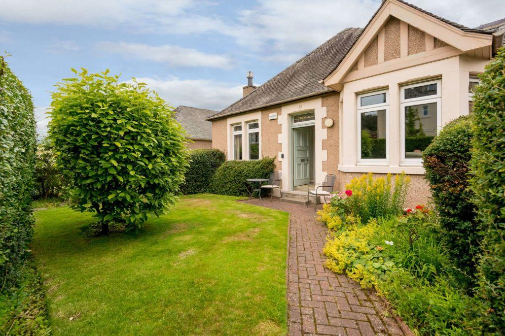 4 Bedrooms Detached Bungalow for sale in 21 Blinkbonny Road, Edinburgh, EH4 3HY