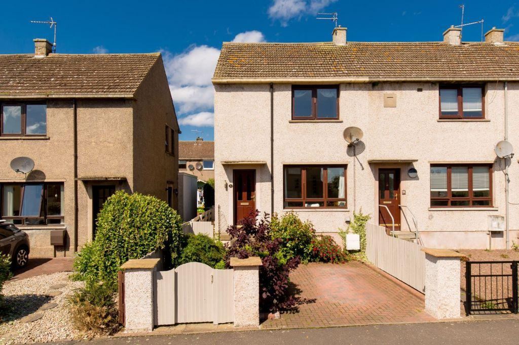 2 Bedrooms End Of Terrace House for sale in 16 Muirfield Crescent, Gullane, East Lothian, EH31 2HN