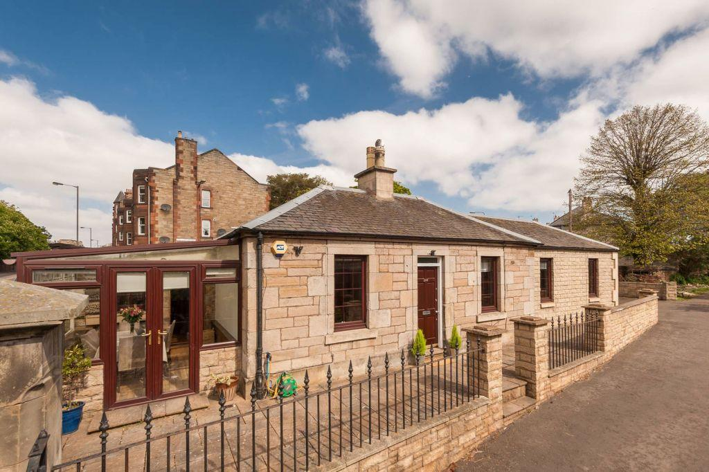 3 Bedrooms Detached House for sale in Cameron Lodge, 297 Dalkeith Road, Edinburgh, EH16 5JX