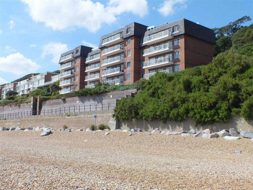 2 Bedrooms Apartment Flat for sale in Marine Point, Folkestone, Kent, CT20