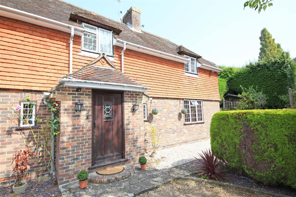 1 Bedroom Flat for sale in Gallops Mews, The Street, Albourne, Hassocks