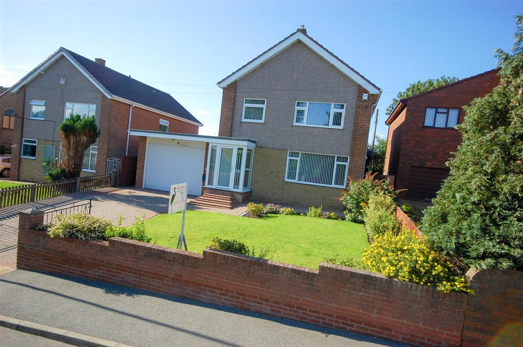 3 Bedrooms Detached House for sale in St Chads Road, Middle Herrington, Sunderland