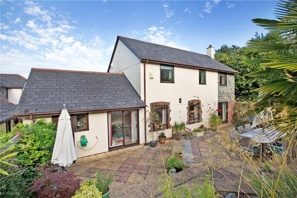 4 Bedrooms Detached House for sale in Drakes Farm, Ide, Exeter, Devon, EX2