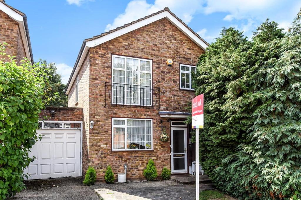 4 Bedrooms Link Detached House for sale in Hawthorndene Road, Hayes