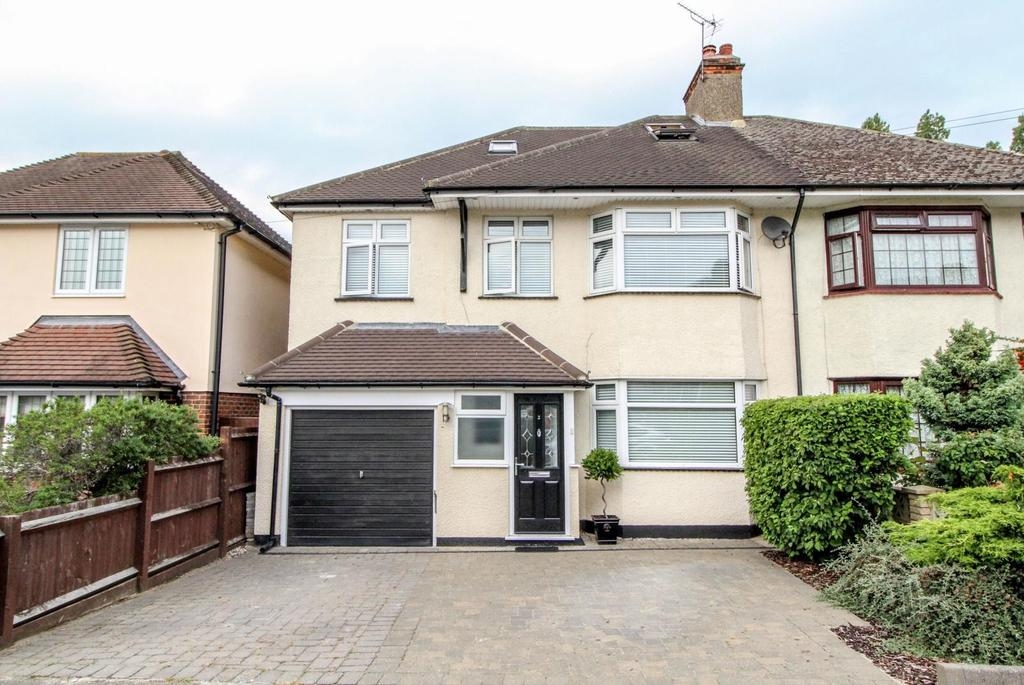 5 Bedrooms Semi Detached House for sale in Westbourne Drive, Brentwood, Essex, CM14