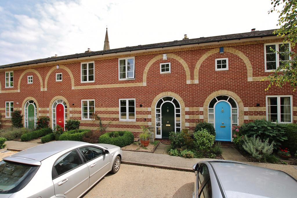 3 Bedrooms Terraced House for sale in Lower Barracks, Winchester