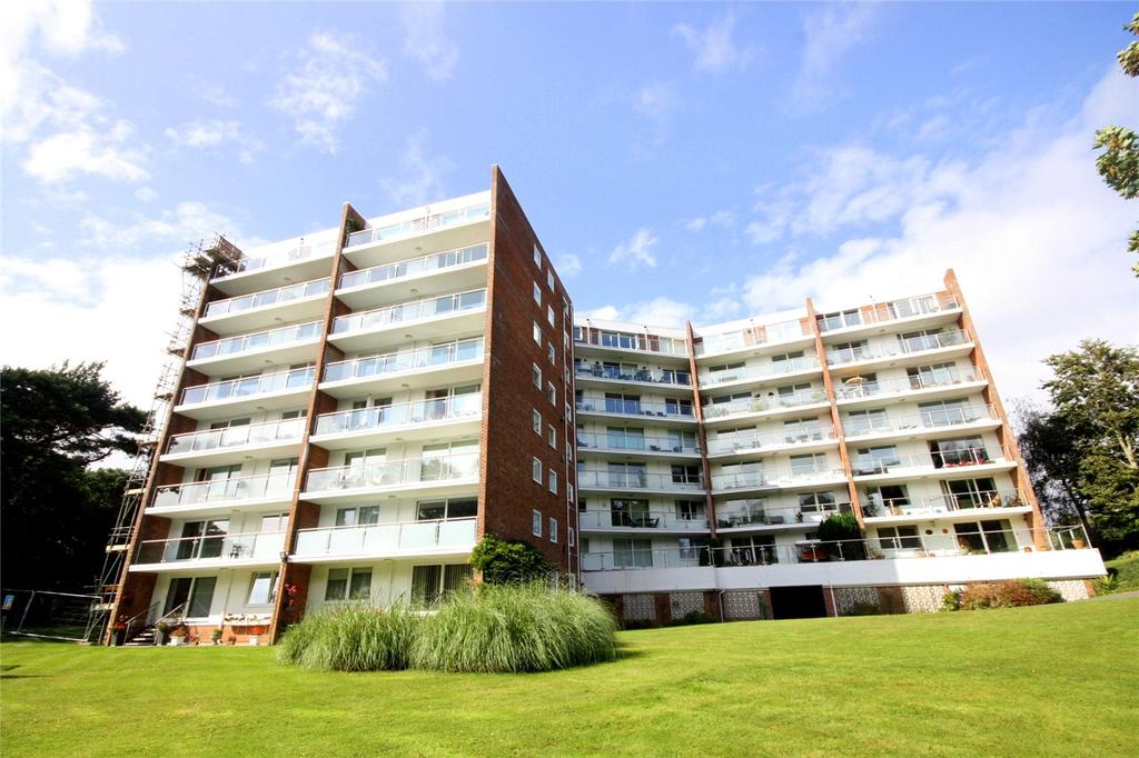 2 Bedrooms Flat for sale in Sandbourne Road, Bournemouth, Dorset, BH4