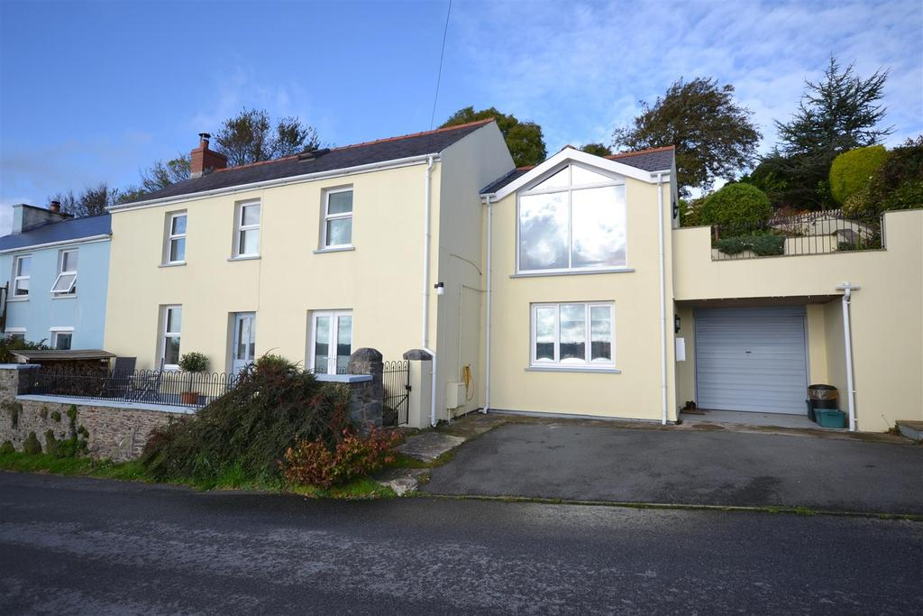 4 Bedrooms Semi Detached House for sale in Church Road, Llanstadwell, Milford Haven