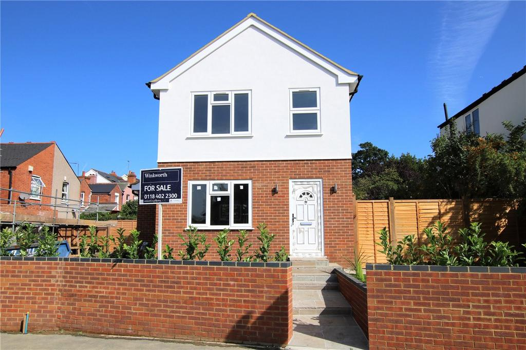 2 Bedrooms Detached House for sale in Newcastle Road, Reading, Berkshire, RG2