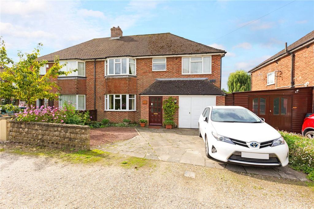4 Bedrooms Semi Detached House for sale in London Road, Newbury, Berkshire, RG14